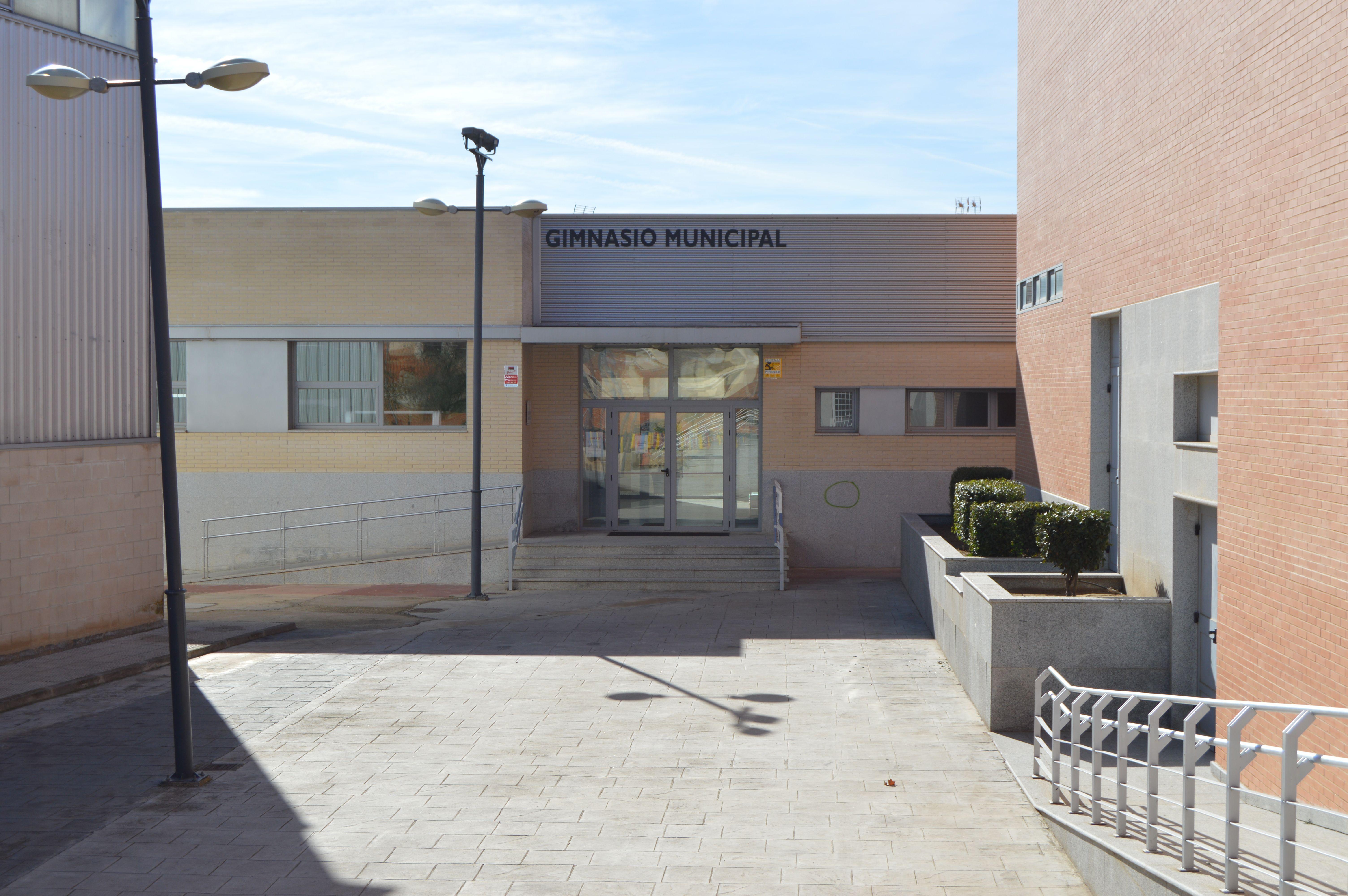 gimnasio municipal exterior